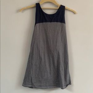 Lululemon navy and gray loose open back tank 8